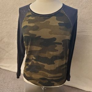 Thin Camouflage three quart sleeve Lucky Brand T